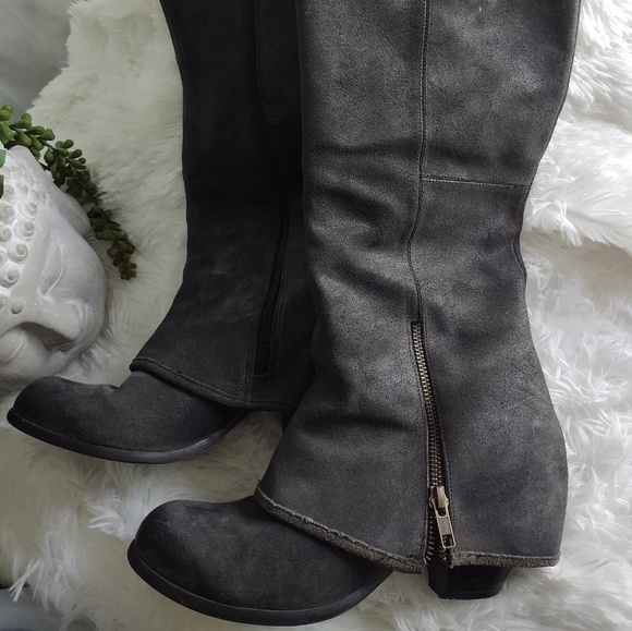 Shoes - Fergie Ledger Too Charcoal Leather Boots
